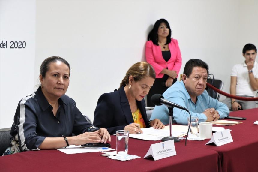 ACUDE A COMPARECER EL SECRETARIO DE HACIENDA ANTE DIPUTADOS DEL CONGRESO LOCAL .j 02peg