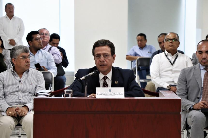 ACUDE A COMPARECER EL SECRETARIO DE HACIENDA ANTE DIPUTADOS DEL CONGRESO LOCAL .j 06peg