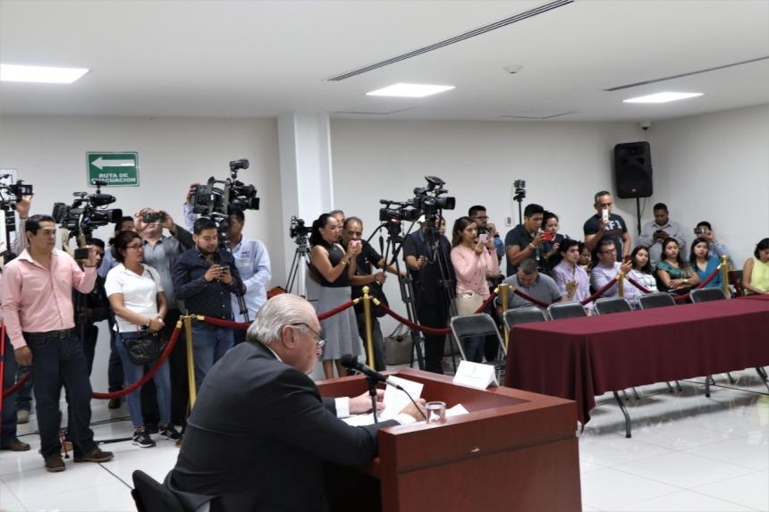 PIDEN DIPUTADOS A JOSÉ MANUEL SANZ QUE RENUNCIE AL CARGO POR DUDAS SOBRE SU HONESTIDAD . 08jpeg