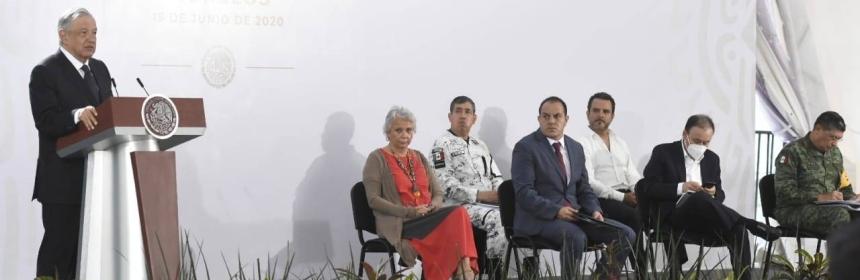 Cuauhtémoc Blanco Bravo y Andrés Manuel López Obrador